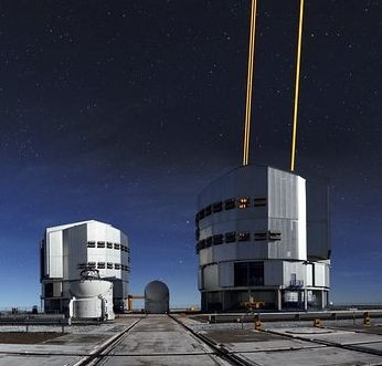 Paranal with the AOF projecting laser guide stars