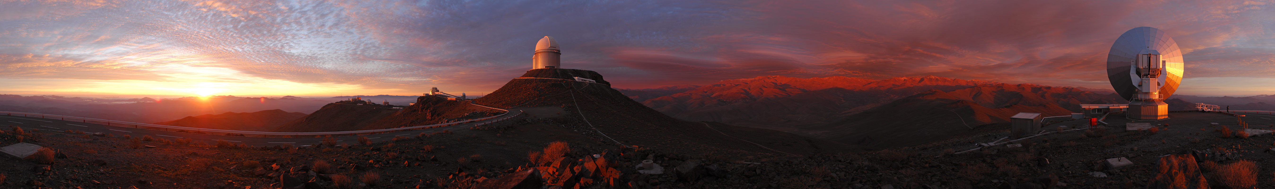 cb8d8b892a4 Stunning panoramic sunset from the La Silla observatory in Chile.