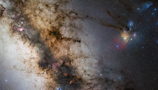 A 340-million pixel starscape from Paranal