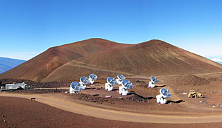 Submillimeter Array (SMA) på Mauna Kea på Hawaii