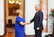 Michelle Bachelet, a nova presidente do Chile, encontra-se com altos representantes do ESO