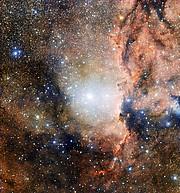 El cúmulo estelar NGC 6193 y la nebulosa NGC 6188