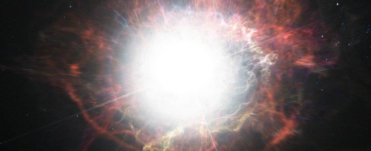 impresión artística muestra la formación de polvo en el medio que rodea la explosión de una supernova