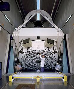 The New Technology Telescope (NTT) pioneered the Active Optics.