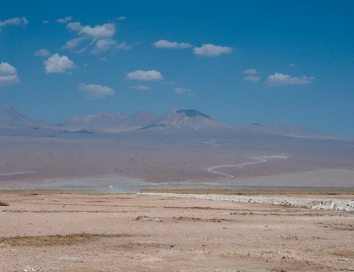 The way to the Chajnantor plateau