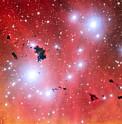 Das Very Large Telescope macht einen Schnappschuss eines Sternentstehungsgebiets und feiert damit 15 erfolgreiche Betriebsjahre