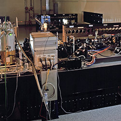 The VLTI Commissioning Instrument (VINCI)